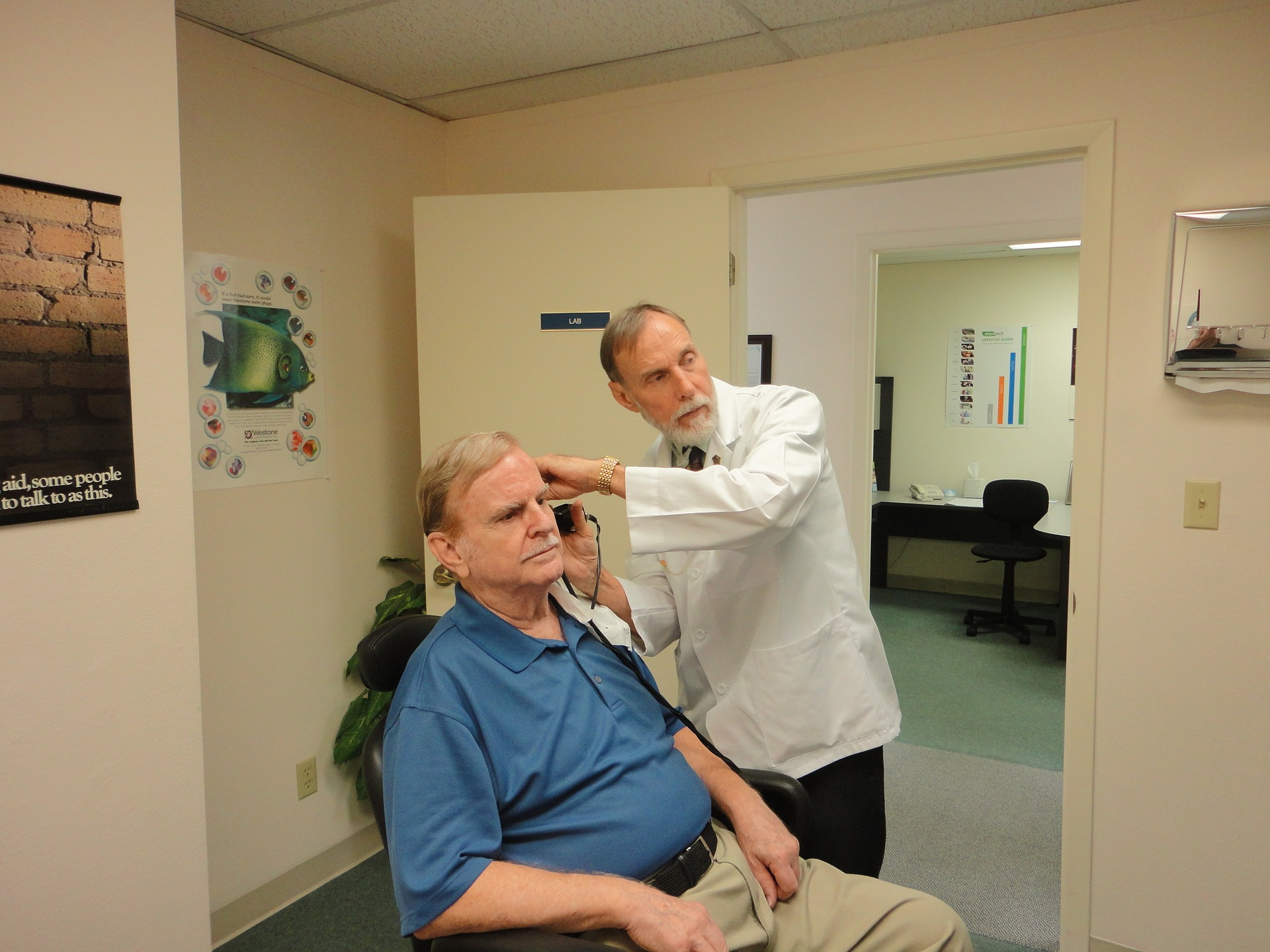What to Expect at the Audiologist